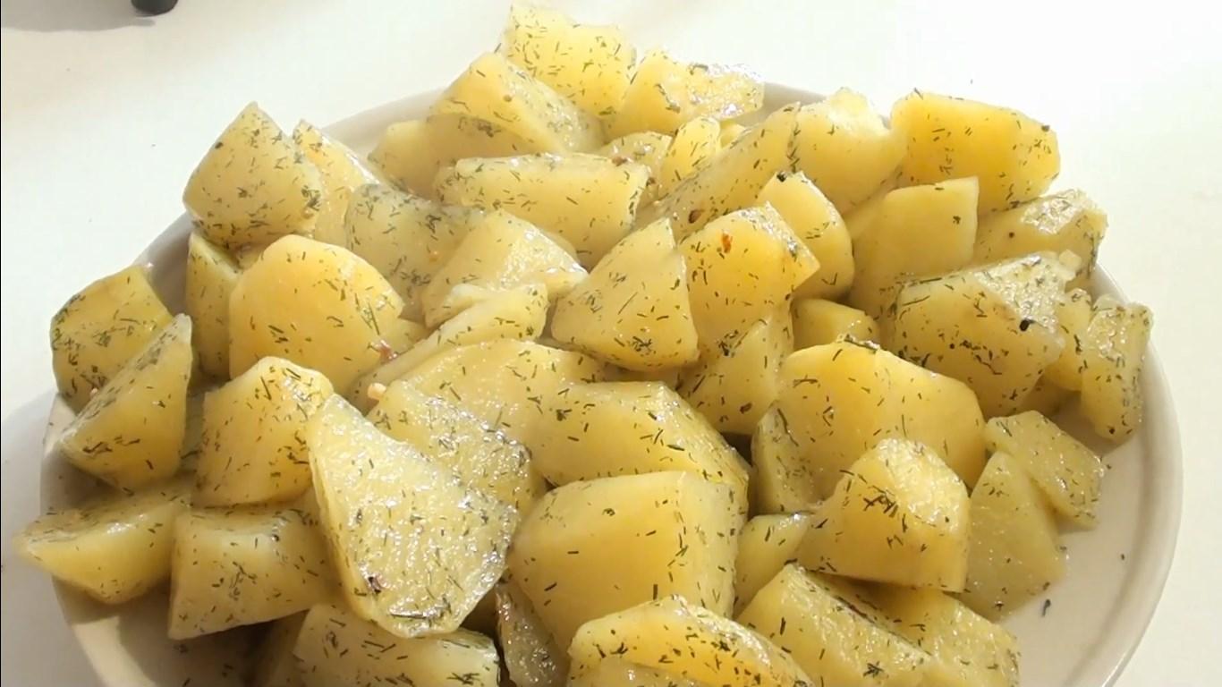 Картофель в пакете в микроволновке быстро