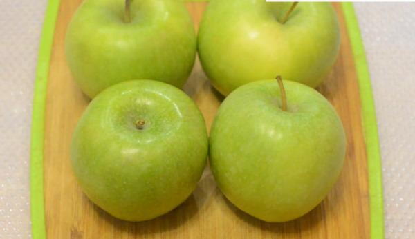 запеченные в микроволновке яблоки для кормящей мамы фото 1