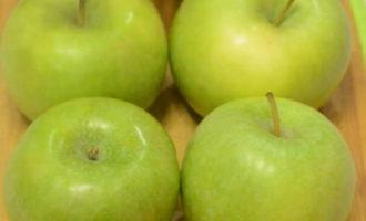 запеченные в микроволновке яблоки для кормящей мамы фото 2
