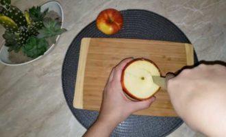 запеченные яблоки с медом в микроволновке фото 2