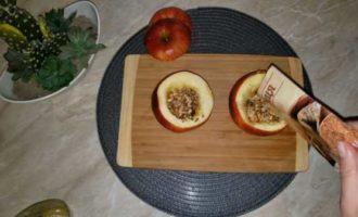 запеченные яблоки с медом в микроволновке фото 7