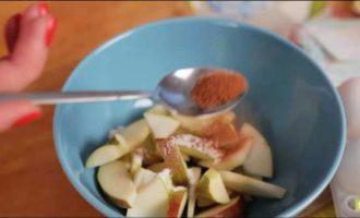 Воздушный десерт в микроволновке из яблок: рецепт с фото и видео