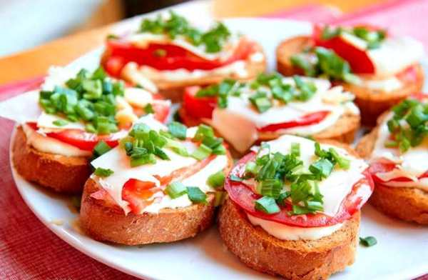горячие бутерброды в микроволновке с колбасой и сыром фото 7