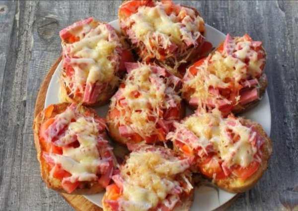 горячие бутерброды в микроволновке с колбасой и сыром фото 8