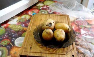 как запечь картошку в микроволновке в мундире целиком фото 1
