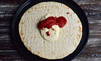 пицца в микроволновке на готовой основе фото 2