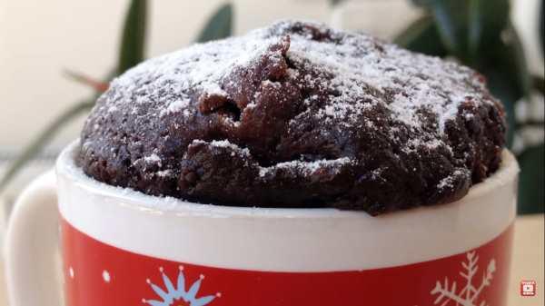 шоколадный кекс в микроволновке в кружке фото 1