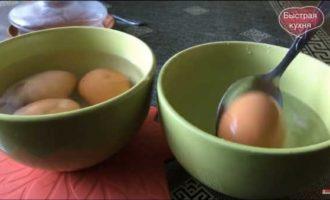 как сварить яйца в микроволновке фото 5