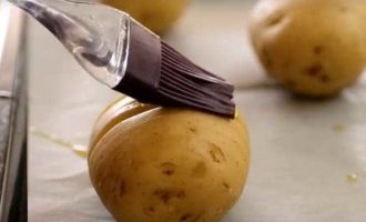 как запечь картошку в микроволновке фото 4